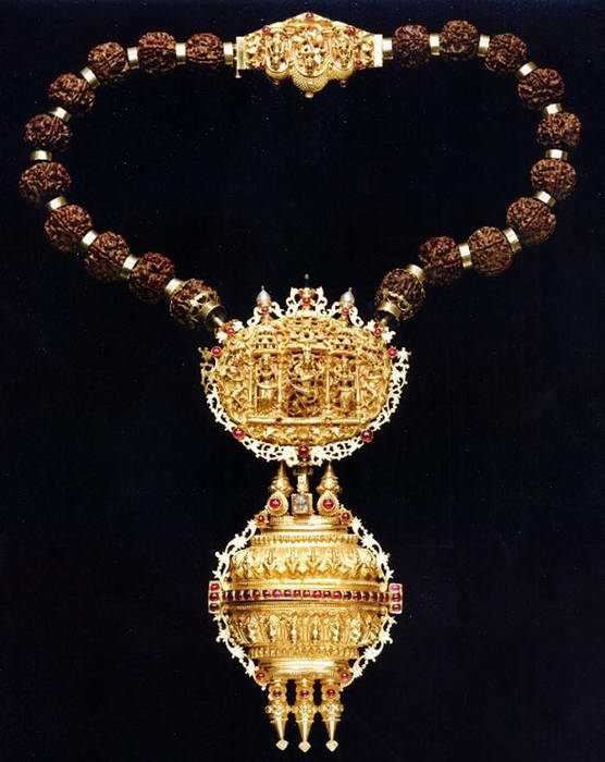 India Gold Necklace Incense burner